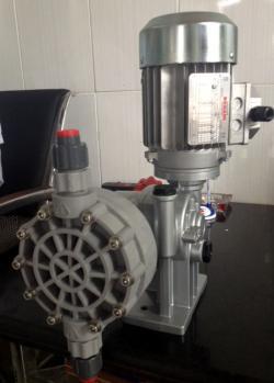 Bơm định lượng hóa chất  MIA500B